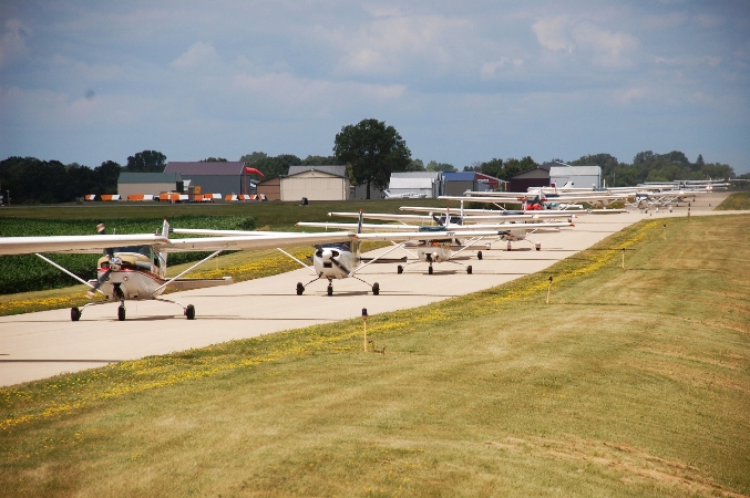 Conga line for takeoff Cessnas 2 Oshkosh flight